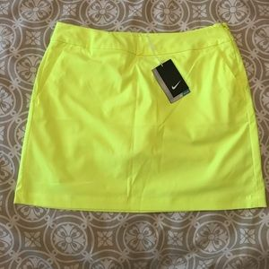 Nike Drifit Neon Yellow Golf Skirt NWT Size 8